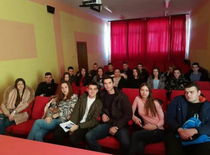 Uspostavljanje saradnje Elekto-ekonomske škole sa Gimnazijom ''Miloje Dobrašinović˝